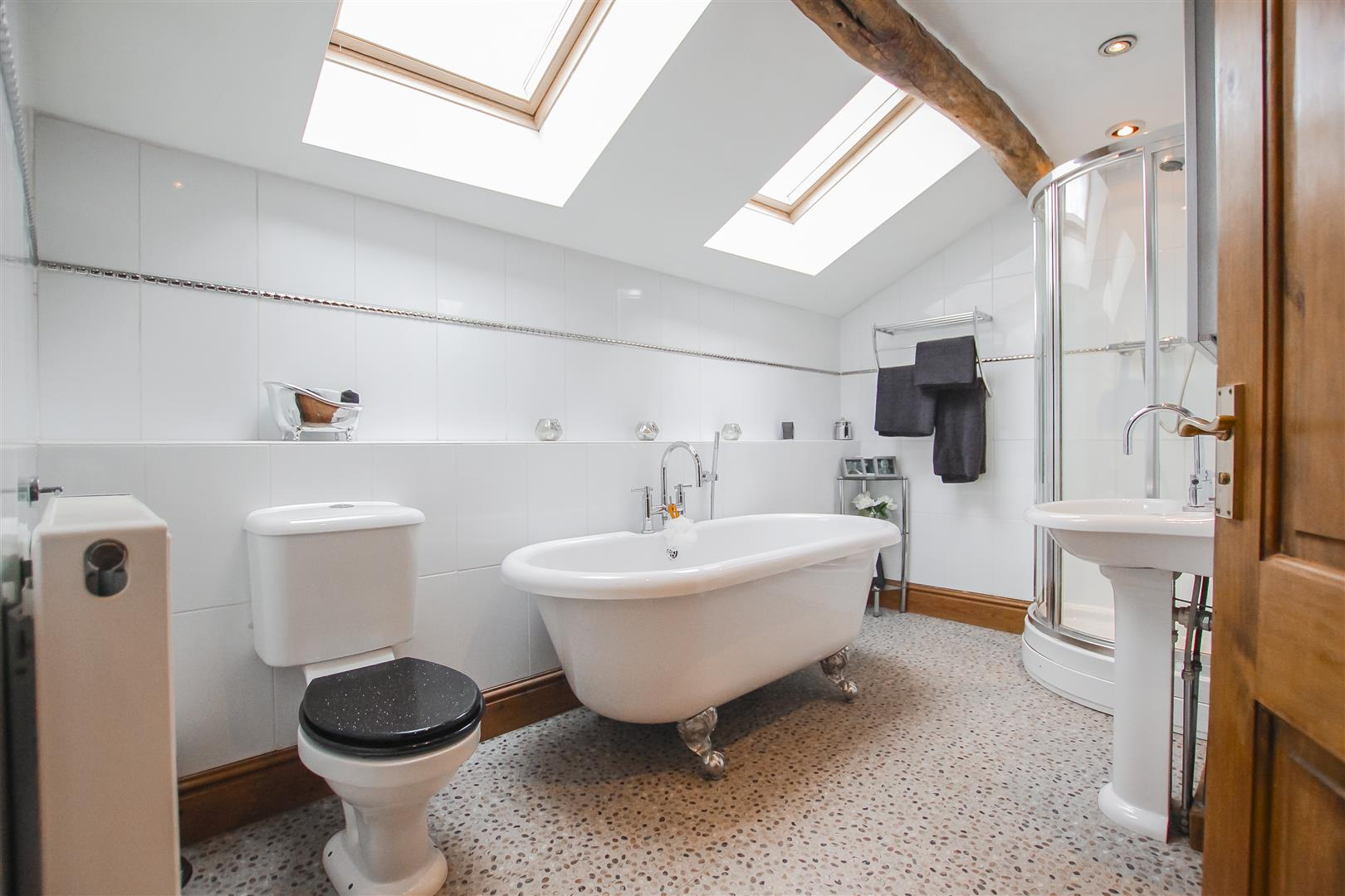 4 Bedroom Semi-detached House For Sale - Image 6